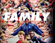 Nation's No. 1 WR recruit Kyle Davis commits to Auburn