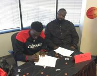 Nysier Brooks, 6-10 center from Dallas first-year program No. 4 Advanced Prep, signs with Cincinnati