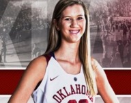 Nancy Mulkey, nation's tallest girls basketball player, signs with Oklahoma