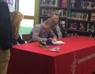 Crockett's Elford signs with Tech