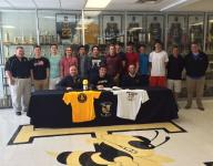Hayesville's Cottrell signs