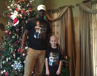 Auburn QB commit Lowell Narcisse spends holiday weekend with leukemia-stricken young fan