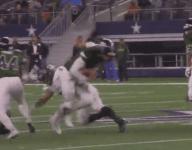 Nobody can tackle Lake Ridge (Mansfield, Texas) QB Jett Duffey on this incredible 52-yard TD run