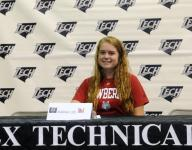 Tech's Lee finds tight-knit fit at Newberry College