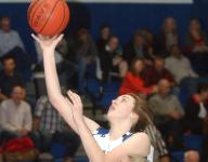 Lady Warriors fend off Marshall, 47-46