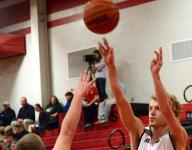 Eagles remain perfect in 9-AA