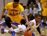 With Anthony Davis watching, Miss. State commit Lamar Peters nails 10 threes in game