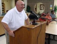 Cherokee coach Tullos wins 600th game