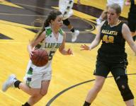 Lady Bison pull away from Gallatin