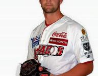 Hensley sets saves record for winter league team