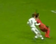 VIDEO: Spanish teen David Pascual may have attempted the worst soccer dive of all time