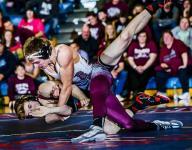St. Johns wrestlers edge Eaton Rapids for regional title