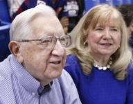 92-year-old Moore a Delaware basketball fixture