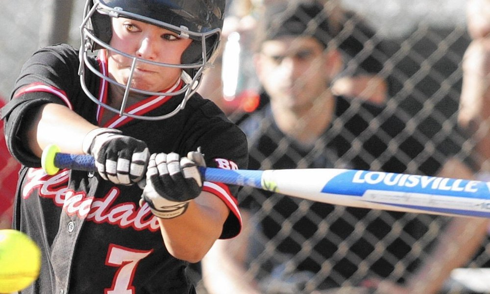 Glendale's Sammy Fabian has hit in each of her 58 varsity softball games in California, 13 shy of the state record (Photo: Twitter)