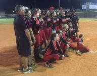 Late home run seals win for North Fort Myers softball