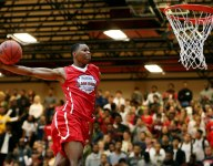 South Florida signee Troy Baxter wins dunk contest at High School Slam