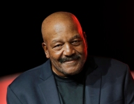 New York state high school hall of fame finally to induct Jim Brown