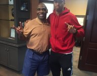 Week after decommitting from A&M over coach tweets, WR Mannie Netherly visits Texas