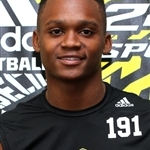 Michigan offers two wide receivers from St. Thomas Aquinas (Fla.) after satellite camp