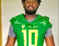 Oregon keeps rolling, lands commitment from TE Moses Robinson-Carr