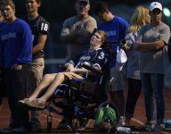 Inspiring Tenn. football player with brain injury attends season opener