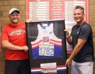 Former Olympic distance runner donates jersey from '92 Games to alma mater