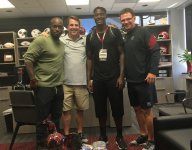 Four-star athlete Hamsah Nasirildeen commits to South Carolina