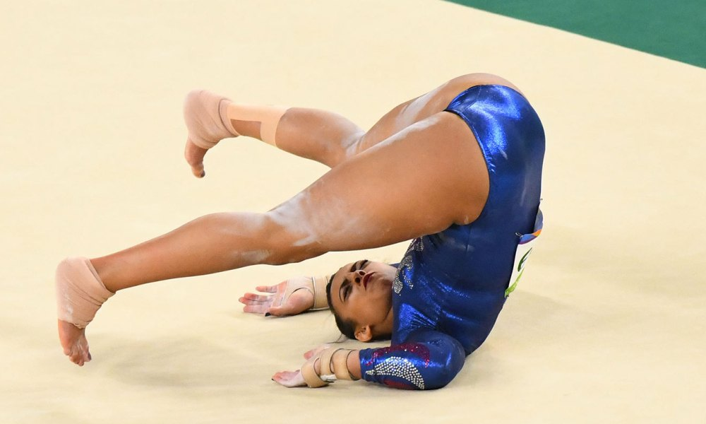 Great Britain 17-year-old gymnast Ellie Downie competing in the floor event (Photo: USA TODAY Sports)