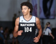 Four-star forward Jericho Sims commits to Texas
