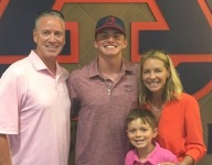 Peyton Glavine, son of two-time Cy Young winner, commits to Auburn baseball