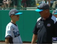 VIDEO: LLWS coach spends touching mound visit telling son he loves him