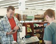 Peyton Manning 'just like George Clooney,' commercial co-star says