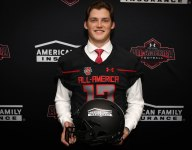 Future Oklahoma Sooners tight end Grant Calcaterra gets his All-America jersey