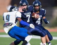 Friends in D-II football title contention again
