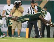 USF's D'Ernest Johnson showcases playmaking ability