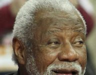Nolan Richardson to have Bowie (Texas) gym named in his honor