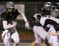 West Salem defeats McMinnville, closes in on GVC title