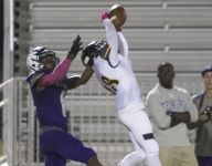 Bishop Verot clinches playoff berth with win over Tenoroc