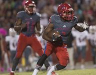 Tate 'miracle' sends Aggies to the playoffs
