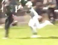 VIDEO: North Carolina receiver snatches ball with one hand
