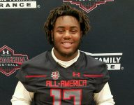 Oklahoma commit Tyrese Robinson receives Under Armour All-America jersey