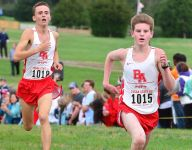 Who to follow from Nashville area at state cross country meet