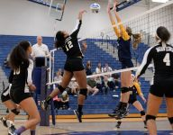 Grand Ledge volleyball tops Waverly in Class A district tourney