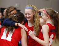 Mason volleyball sweeps way into district final
