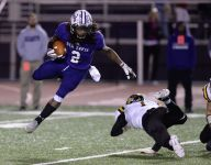 HS football: Ben Davis survives against Avon for sectional title