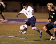 Second-half header puts Rams in 4th round