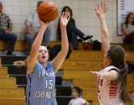 Lansing Catholic girls open season with win over Perry