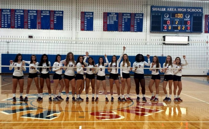 Girl's volleyball finishes season in playoffs