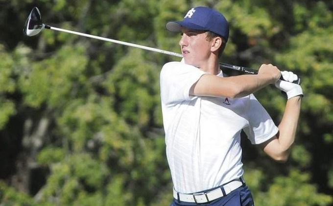 Junior Tanner Grzegorczyk qualifies for golf state tournament
