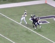 VIDEO: Top one-handed catches of the 2016 football season